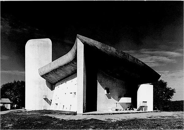 Le-Corbusier-Show-11