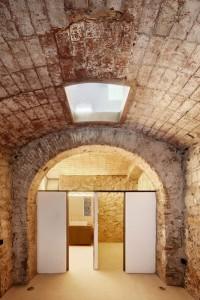 triplex-sant-antoni-interiors-residential-spain-barcelona-dezeen-awards-shortlist-2018_dezeen_2364_col_12-1704x2556
