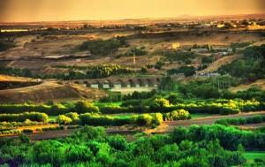 Diyarbak-Surlar-ve-Hevsel-Baheleri
