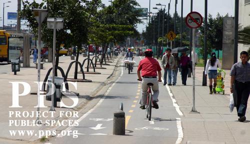 bogota-colombia-bicycle-lan.jpg